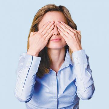 В течение какого-то времени сотрудники банка, может, и будут закрывать глаза на использование обычного текущего счета в предпринимательской деятельности. Но бесконечно это вряд ли будет продолжаться