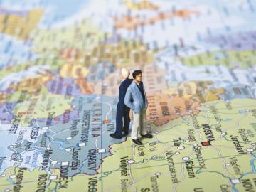 При географической экспансии вашего бизнеса растут и ваши проблемы. И НДФЛ — далеко не самая серьезная
