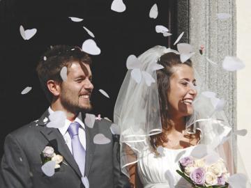 Свадьба или рождение ребенка — одна из тех уважительных причин, когда отпуск за свой счет придется предоставить