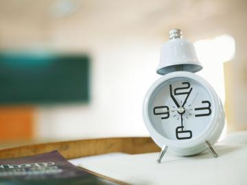Проверьте, чтобы на оправдательном документе работника было указано и время его задержания, и время освобождения