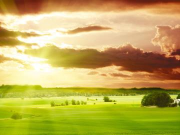 Спрятавшееся за тучи солнце может навеять грусть, а налог на имущество, спрятанный в арендных платежах, вызывает у арендодателя исключительно радость