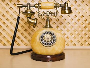 Достаточно одного звонка работника— и представители прокуратуры или другого органа будут у вас с проверкой