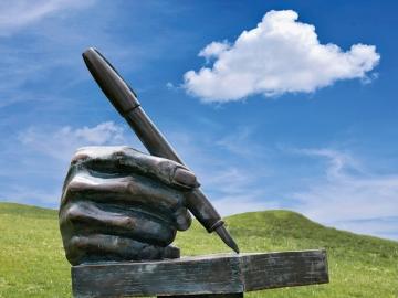 В «давальческом» договоре обязательно должно быть прописано условие о том, что для выполнения работ заказчик предоставляет подрядчику свои материалы