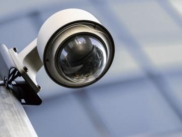 Характерный пример отделимого улучшения — съемная аппаратура системы видеонаблюдения
