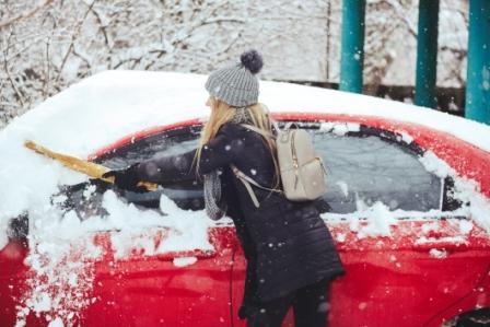 При увольнении работника за прогул нужно учитывать и погодные условия