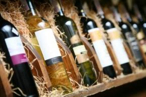 Новости: Розничные продавцы алкоголя пока могут не применять онлайн-ККТ