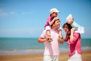 Новости: Матпомощь при рождении ребенка: необлагаемый НДФЛ лимит между родителями не делится