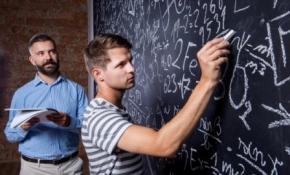 Новости: Студенту исполнилось 24 года: об «учебном» НДФЛ-вычете можно забыть?